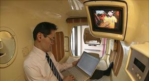 Dormir en camas-cápsulas, en Japón todo es posible