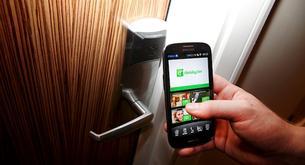 Abrir la habitación de hotel con nuestro smartphone