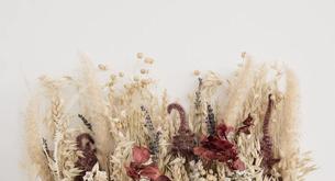 Los ramos de flores secas son una forma sencilla y elegante de decorar tu casa